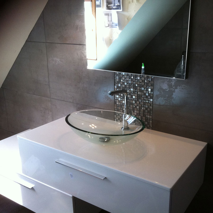 Aqua thermic services artisan presles en brie guide - Showroom salle de bain ile de france ...