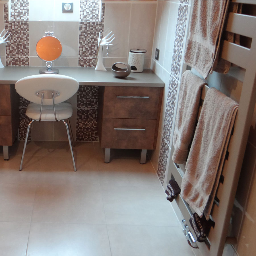 creation salle de bain amazing salle de bain sur mesure with creation salle de bain. Black Bedroom Furniture Sets. Home Design Ideas